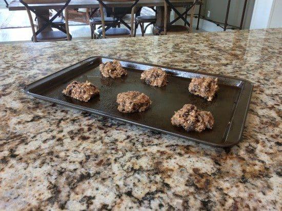Banana-oat breakfast cookies
